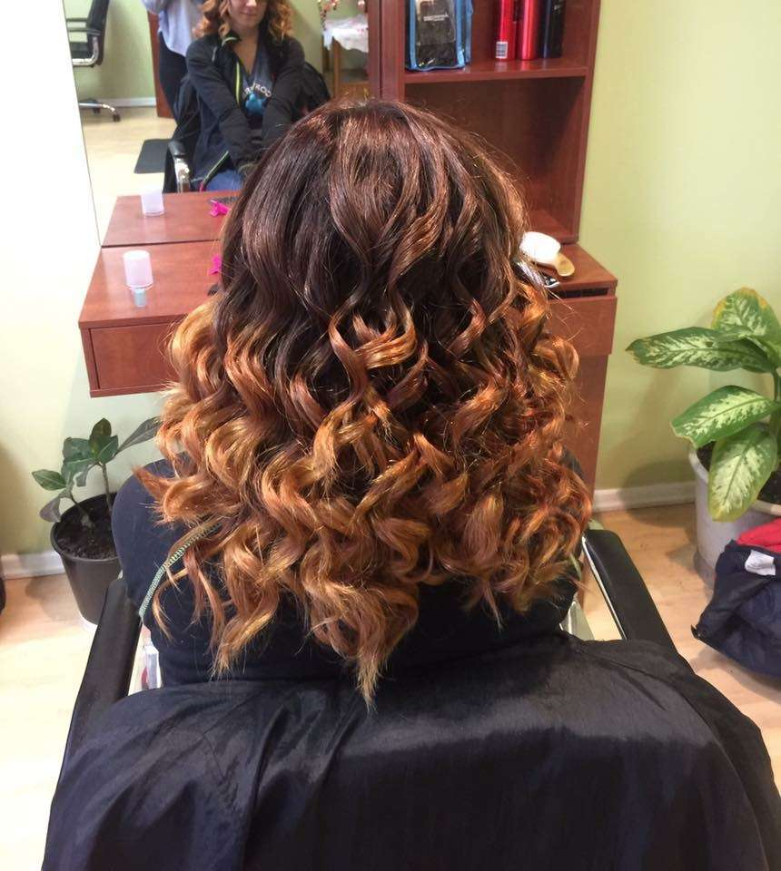 Nisis Hair Care - hair care  | Photo 7 of 10 | Address: 7847 W Belmont Ave, Elmwood Park, IL 60707, USA | Phone: (708) 695-9382