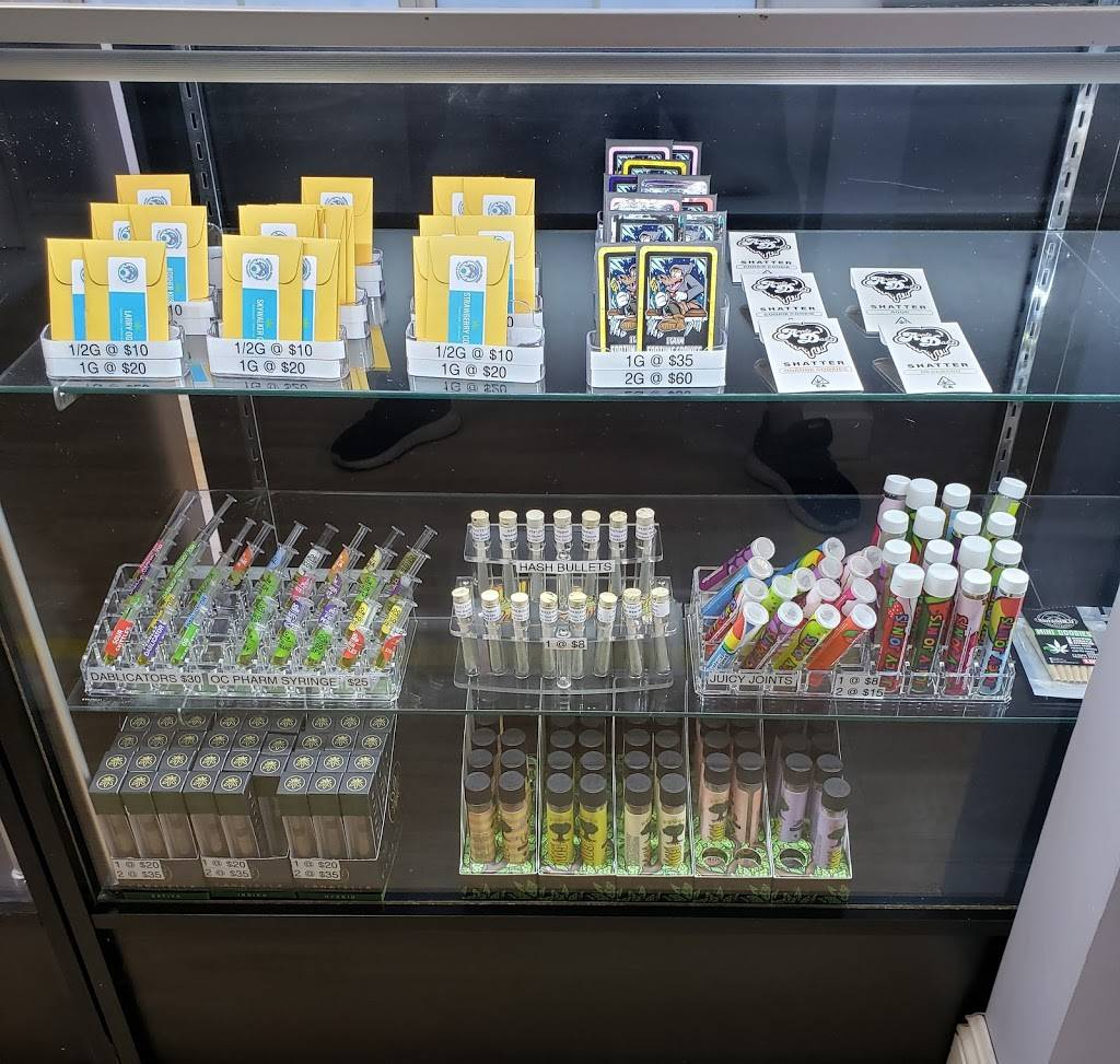 Essential Greens Cannabis Dispensary - pharmacy  | Photo 5 of 8 | Address: 6455 Whittier Blvd, East Los Angeles, CA 90022, USA | Phone: (323) 895-5899