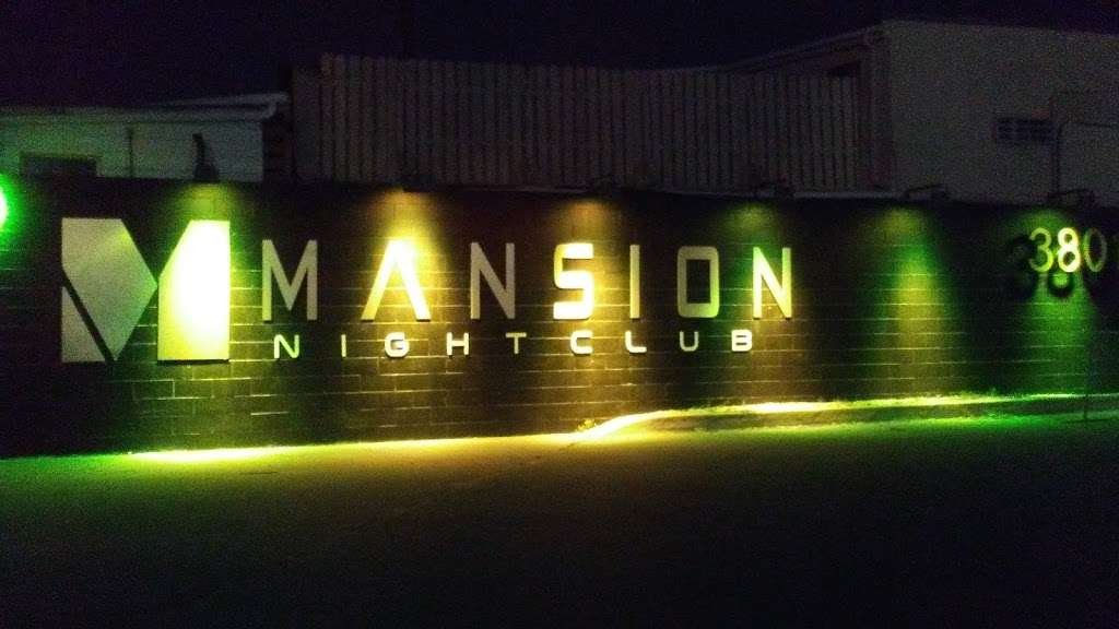 The Mansion Nightclub - night club    Photo 7 of 10   Address: 3801 W Lake St, Stone Park, IL 60165, USA   Phone: (708) 223-8605
