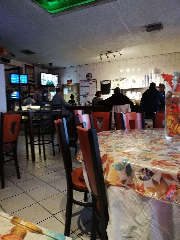 Fiesta Cafe and Bar - cafe  | Photo 3 of 10 | Address: 4640 Third Ave, Bronx, NY 10458, USA | Phone: (718) 733-2211
