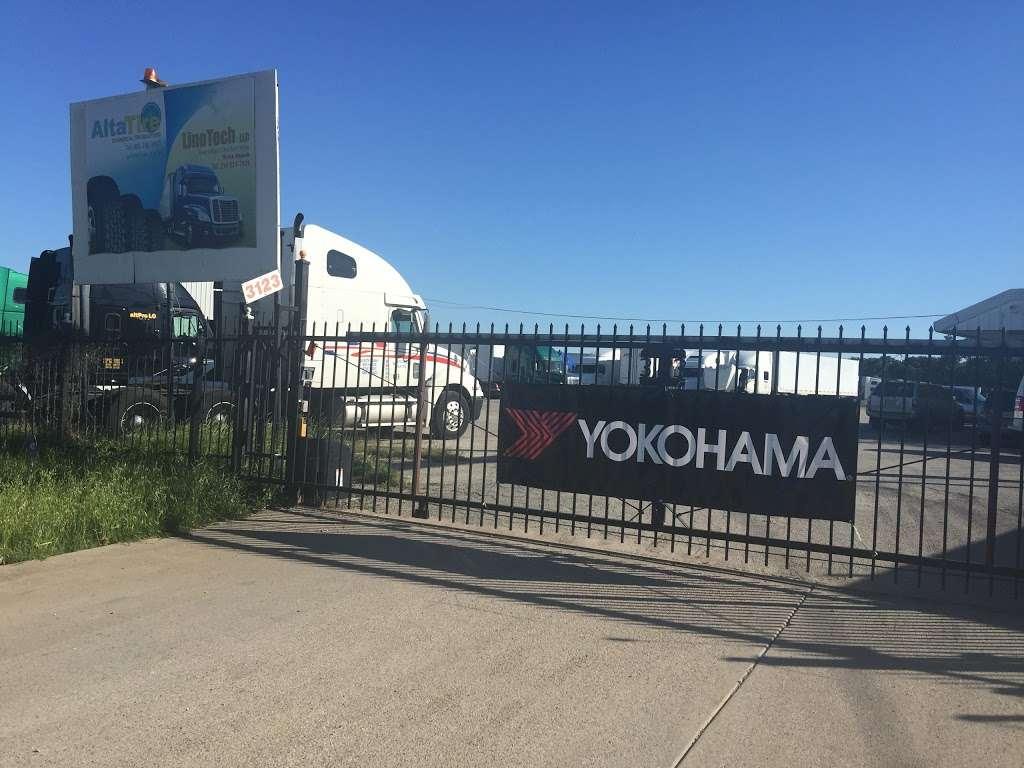 AltaTire, YOKOHAMA Commercial Tire Dealer - Roadside Semi Truck  - car repair  | Photo 1 of 10 | Address: 3123 US-175 Frontage Rd, Seagoville, TX 75159, USA | Phone: (888) 788-9643