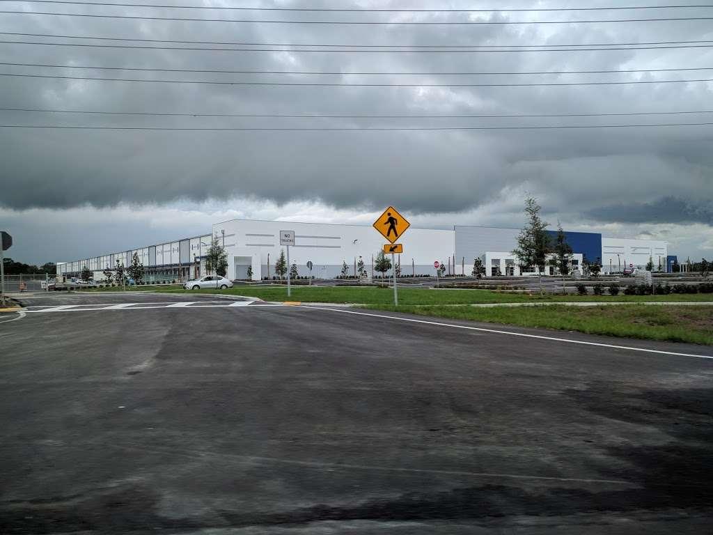 Best Buy Warehouse, Polk City - storage  | Photo 8 of 10 | Address: 8906 State Rd 33 N, Polk City, FL 33868, USA