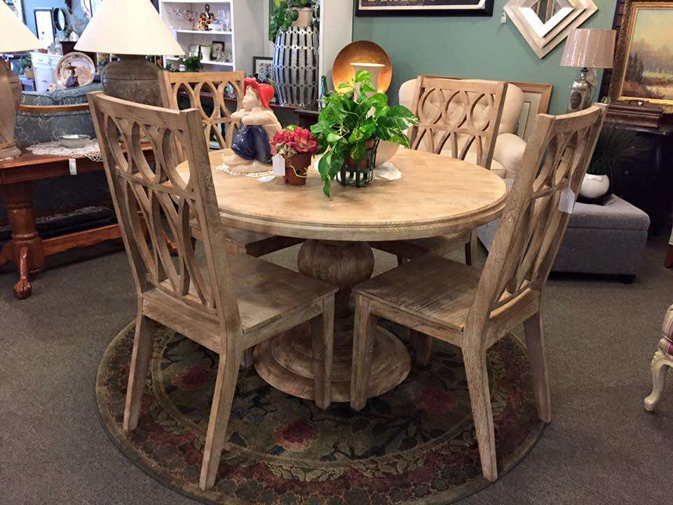 Caits Warehouse - Consignments and Estate Sales - furniture store  | Photo 8 of 10 | Address: 10201 191st St, Mokena, IL 60448, USA | Phone: (708) 995-7746