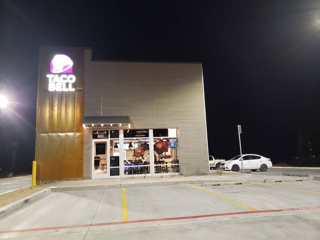 Taco Bell - meal takeaway    Photo 1 of 9   Address: 5010 Milwaukee Ave, Lubbock, TX 79407, USA   Phone: (806) 993-0038