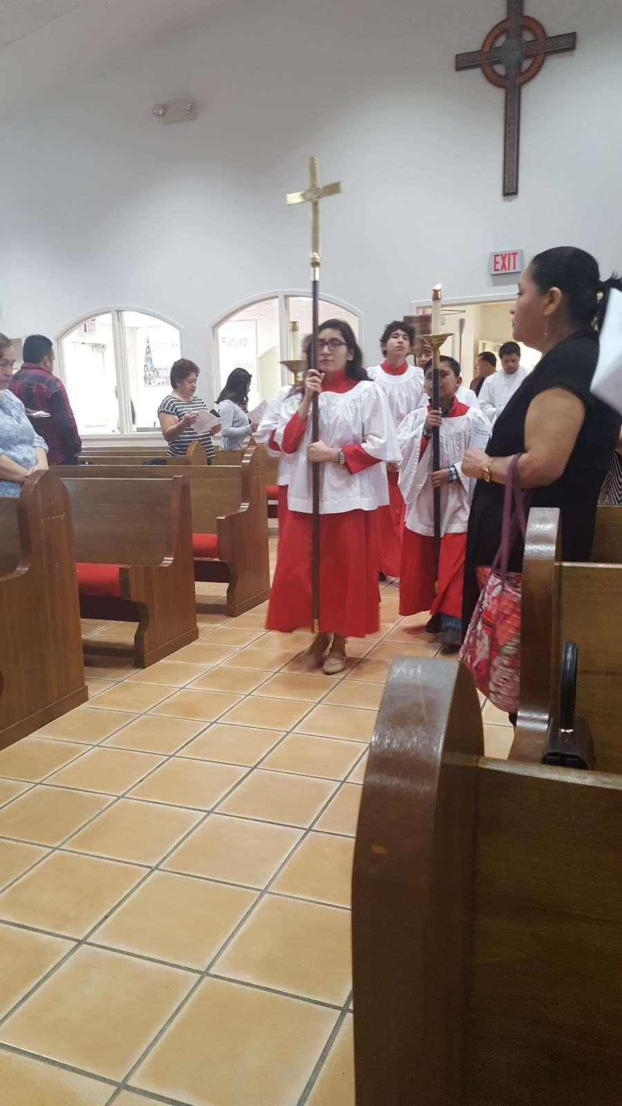 Santa Maria Virgen Episcopal Church - church    Photo 8 of 10   Address: 9600 Huntington Pl Dr, Houston, TX 77099, USA   Phone: (281) 879-6000