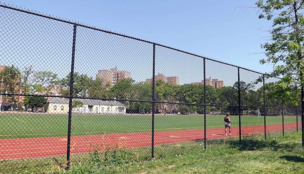 John V. Lindsay East River Park Track - park  | Photo 1 of 10 | Address: 1234 E 6th St, New York, NY 10009, USA | Phone: (212) 639-9675