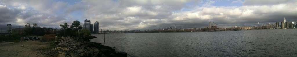 Atlantic Crane LLC - store  | Photo 4 of 4 | Address: 24 Oak St, Brooklyn, NY 11222, USA | Phone: (718) 784-0200