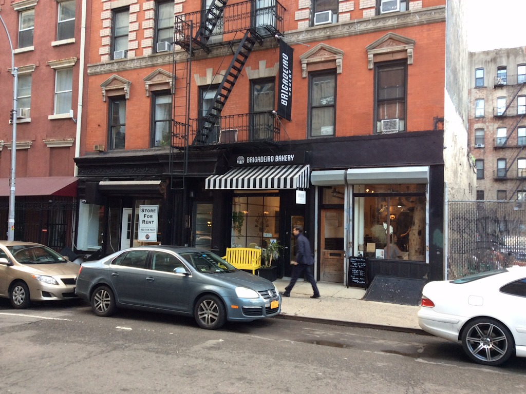 Brigadeiro Bakery - cafe  | Photo 3 of 10 | Address: 156 Sullivan St, New York, NY 10012, USA | Phone: (917) 740-5772