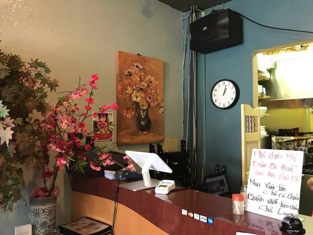 Nho Kitchen - cafe  | Photo 9 of 10 | Address: 3145 E McKinley Ave, Fresno, CA 93703, USA | Phone: (559) 233-4195