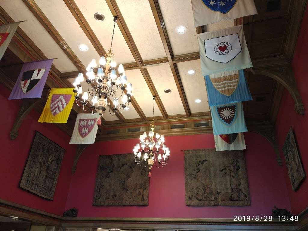Tudor Room - restaurant  | Photo 4 of 10 | Address: 900 E 7th St, Bloomington, IN 47405, USA | Phone: (812) 855-1620