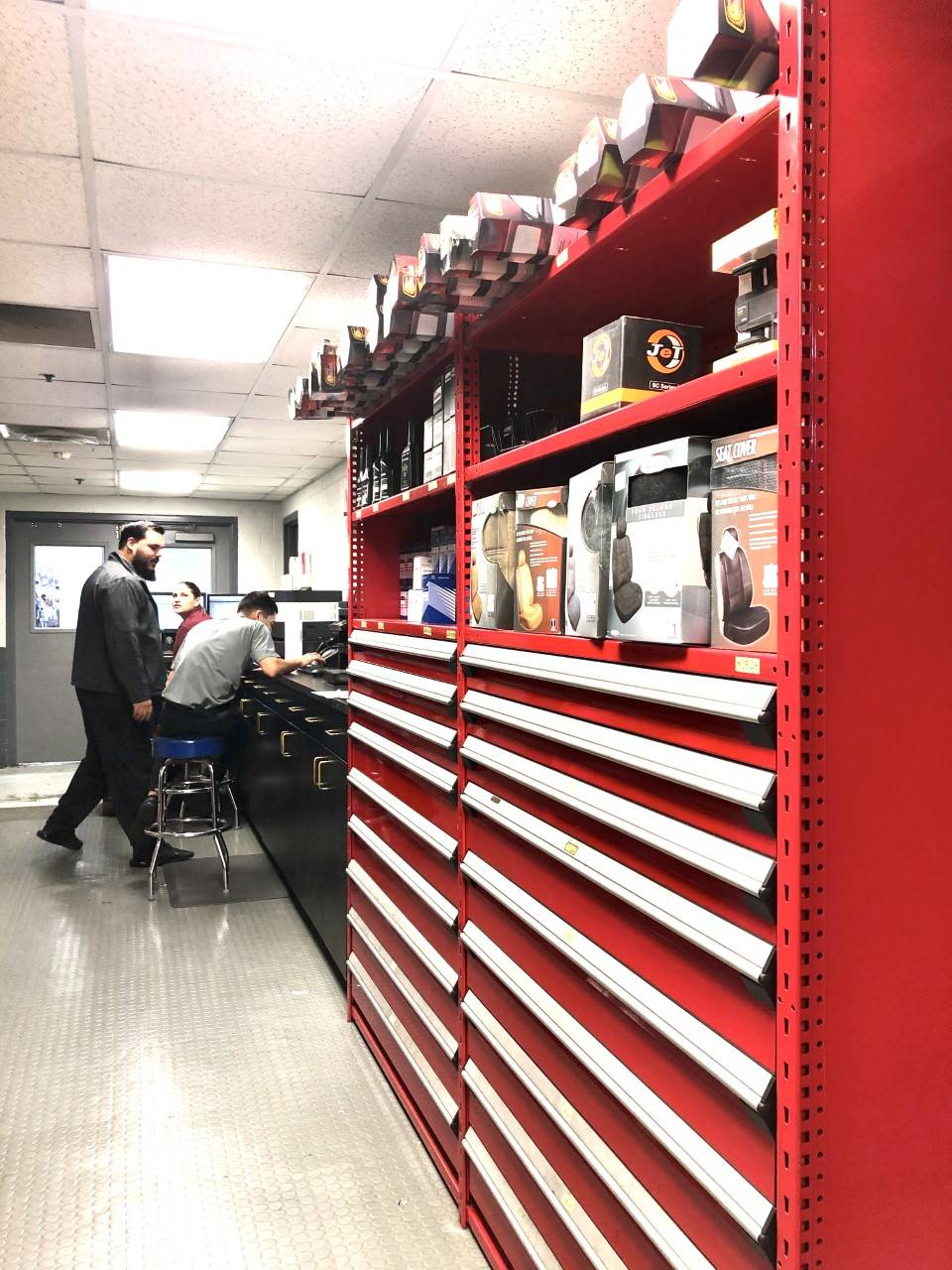 Universal Hyundai Parts Center - car repair  | Photo 2 of 10 | Address: 12801 S Orange Blossom Trail, Orlando, FL 32837, USA | Phone: (407) 545-8495