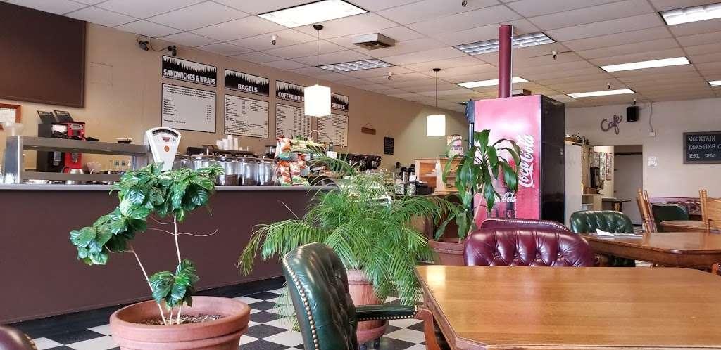 Mountain Roasting - cafe  | Photo 7 of 10 | Address: 6263 Graham Hill Rd, Felton, CA 95018, USA | Phone: (831) 335-9702