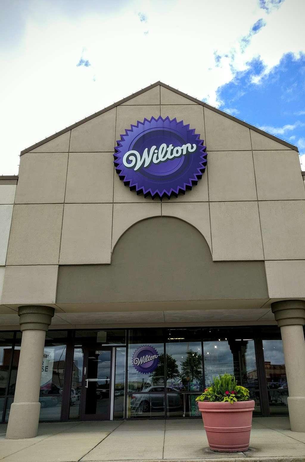 Wilton Baking Supply Store - store  | Photo 3 of 10 | Address: 7511 Lemont Rd, Darien, IL 60561, USA | Phone: (630) 985-6000