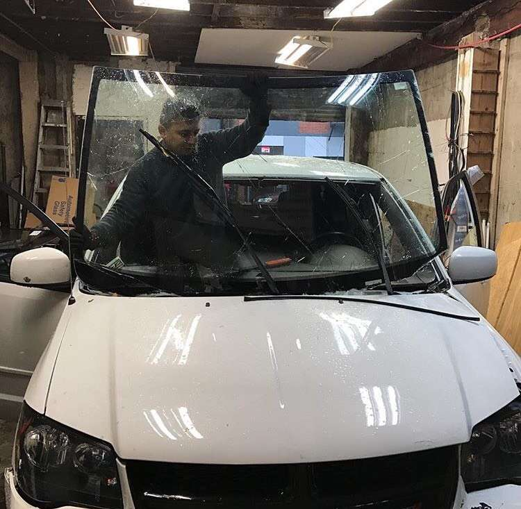 New And Used Auto Discount Glass Shop LTD - car repair  | Photo 1 of 10 | Address: 10 Troutman St, Brooklyn, NY 11206, USA | Phone: (347) 382-9915