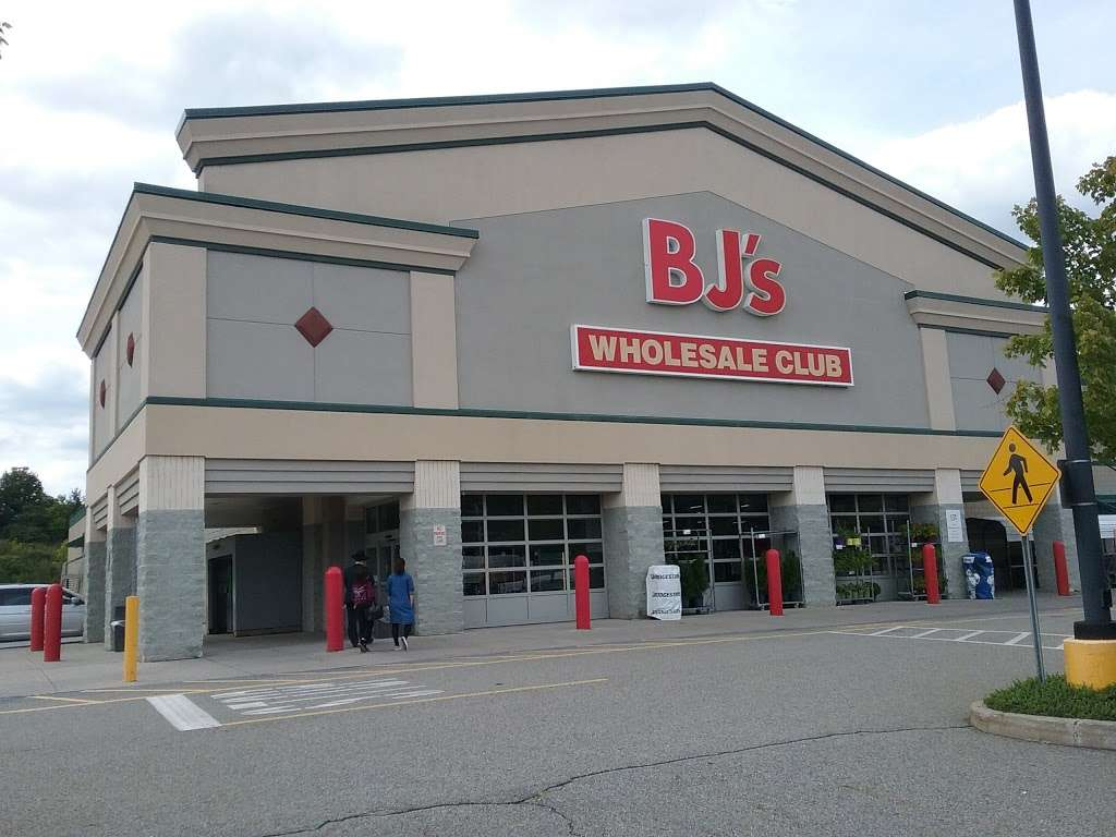 BJs Wholesale - bakery  | Photo 8 of 10 | Address: 232 Larkin Dr, Monroe, NY 10950, USA | Phone: (845) 783-8338