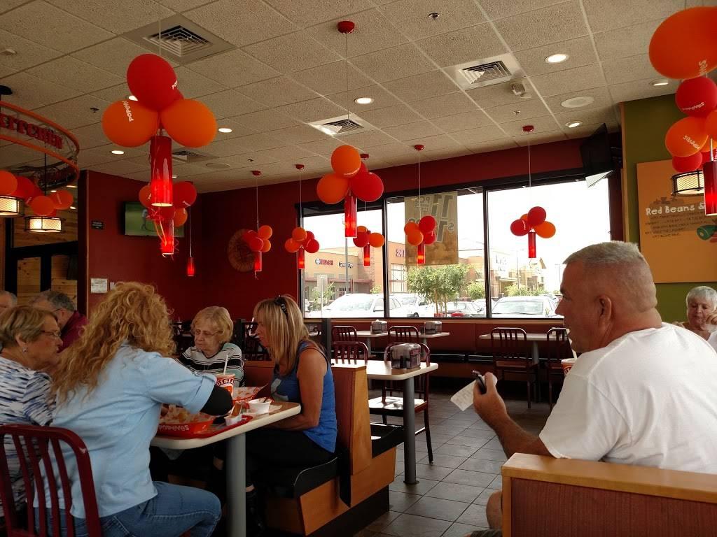 Popeyes Louisiana Kitchen - restaurant  | Photo 3 of 10 | Address: 1999 E Pecos Rd, Gilbert, AZ 85295, USA | Phone: (480) 963-1056