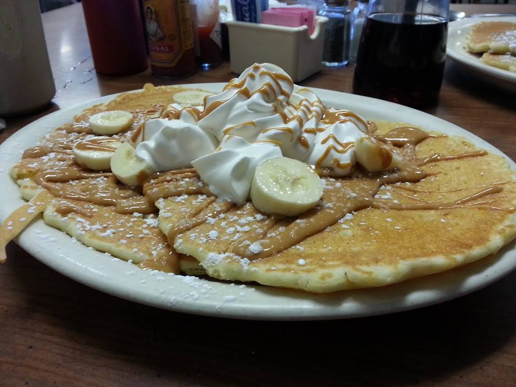 Cooks Cafe - cafe  | Photo 4 of 9 | Address: 1300 N 66th St, Lincoln, NE 68505, USA | Phone: (402) 466-1771
