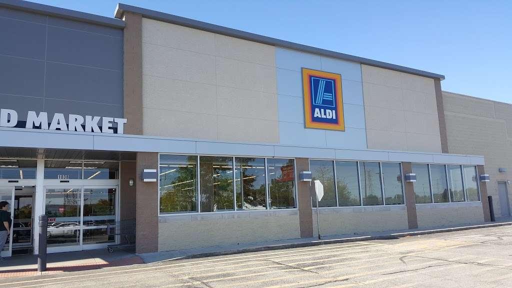 ALDI - supermarket  | Photo 4 of 10 | Address: 1038 N Rohlwing Rd, Addison, IL 60101, USA | Phone: (855) 955-2534