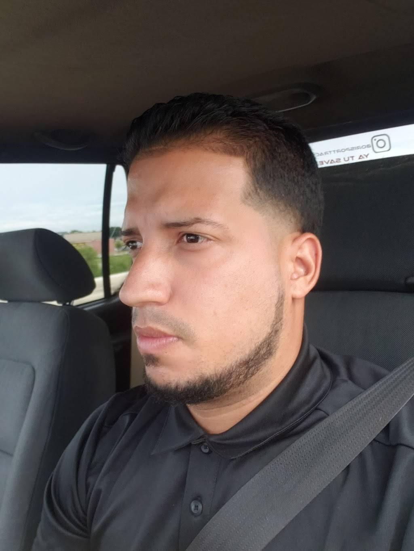 Xclusivo Cutz - hair care  | Photo 5 of 6 | Address: 2020 Mansfield Webb Rd, Arlington, TX 76002, USA | Phone: (817) 557-6448