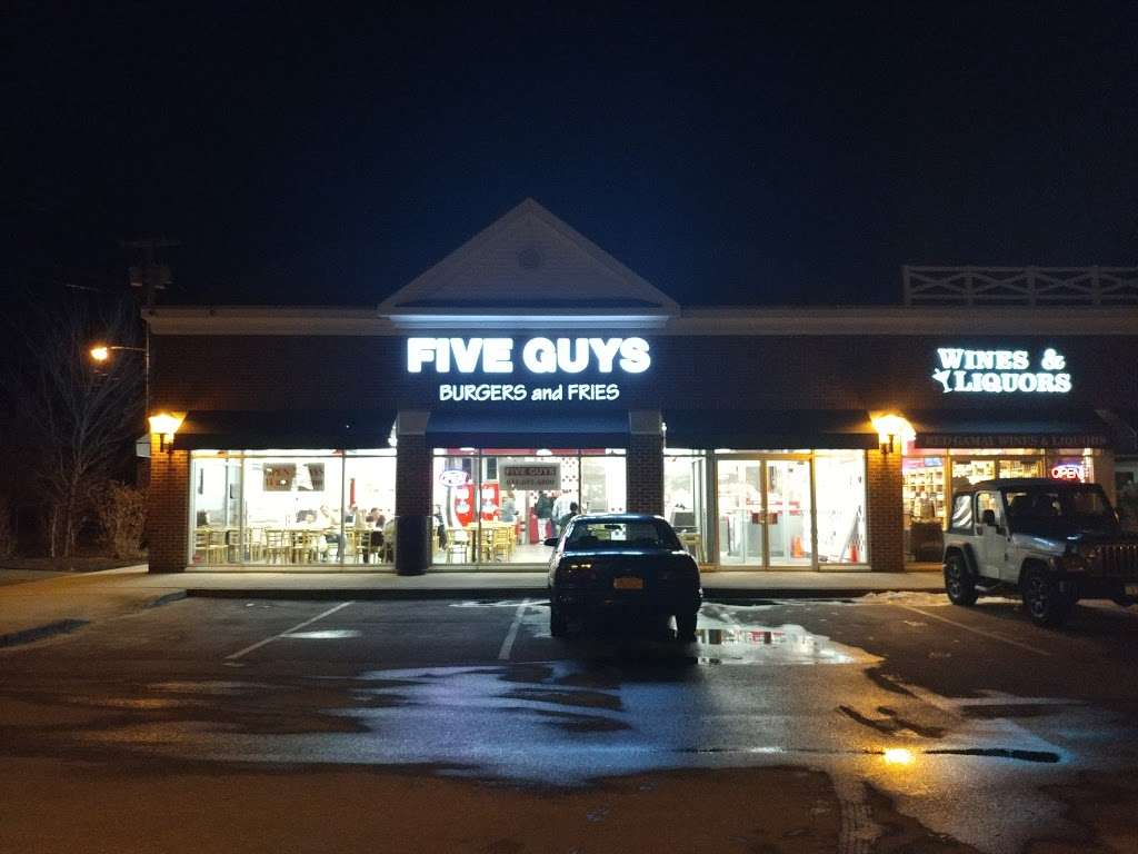 Five Guys - meal takeaway    Photo 3 of 10   Address: 35 Merrick Rd, Amityville, NY 11701, USA   Phone: (631) 691-6800