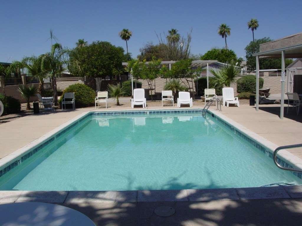 Moon Valley Mobile Home Park - rv park  | Photo 2 of 5 | Address: 1304 E Bell Rd, Phoenix, AZ 85022, USA | Phone: (602) 992-8570