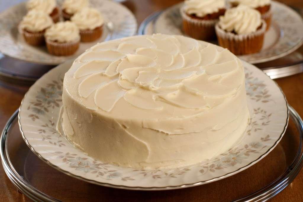 Mortgage Apple Cakes Bakery & Café - bakery    Photo 5 of 10   Address: 740 Chestnut Ave, Teaneck, NJ 07666, USA   Phone: (201) 371-3121