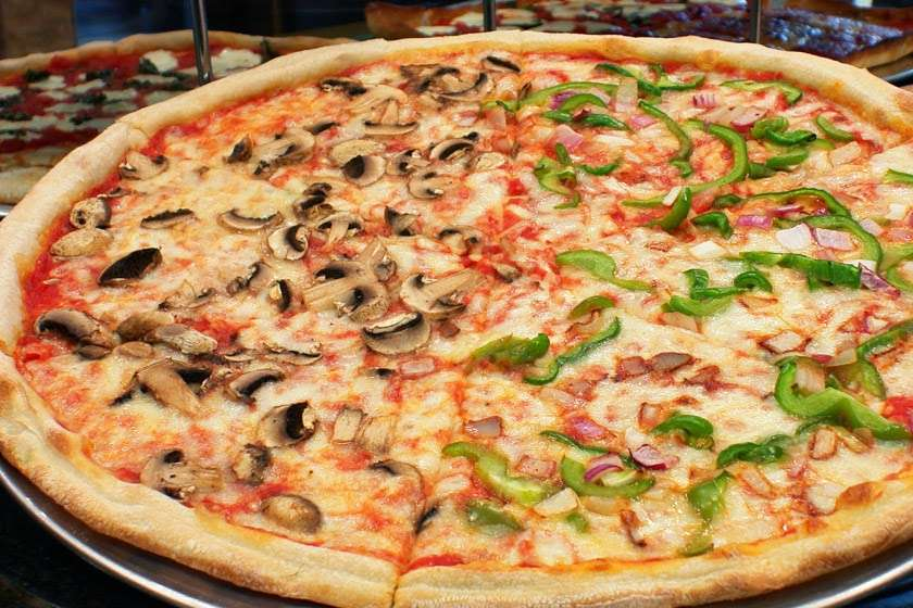 Cuzzins Pizza - meal delivery  | Photo 8 of 10 | Address: 40 Thoreau Dr, Freehold, NJ 07728, USA | Phone: (732) 431-2899