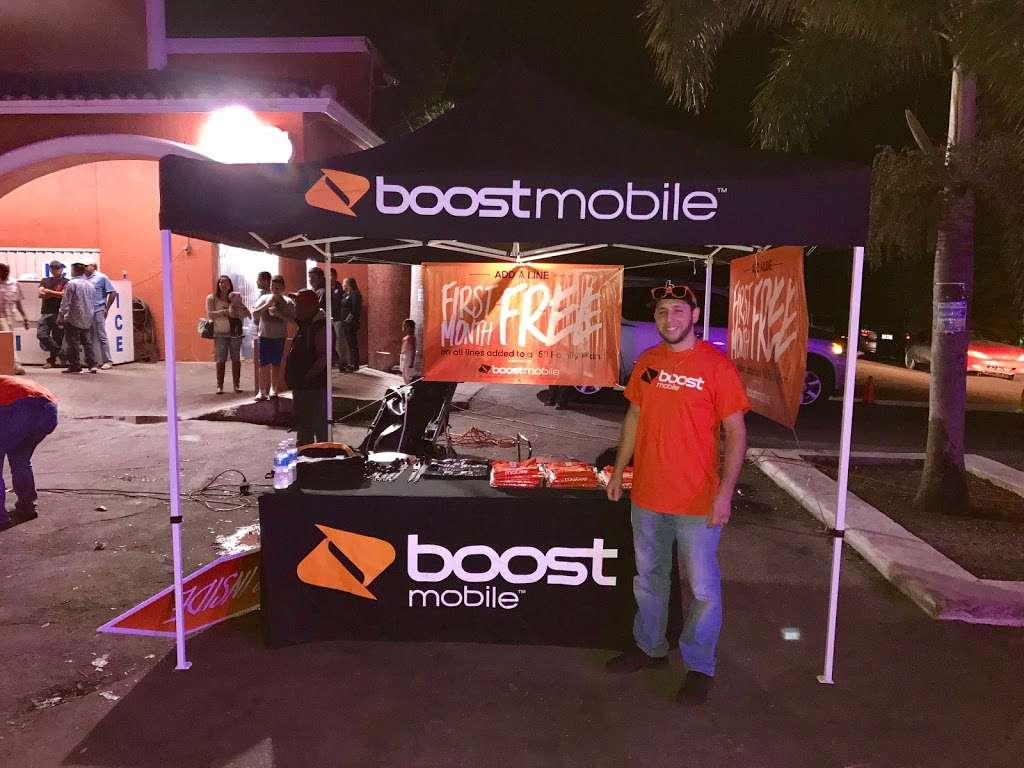 Boost Mobile - store  | Photo 8 of 10 | Address: 1425 S Main St, Belle Glade, FL 33430, USA | Phone: (561) 609-1014