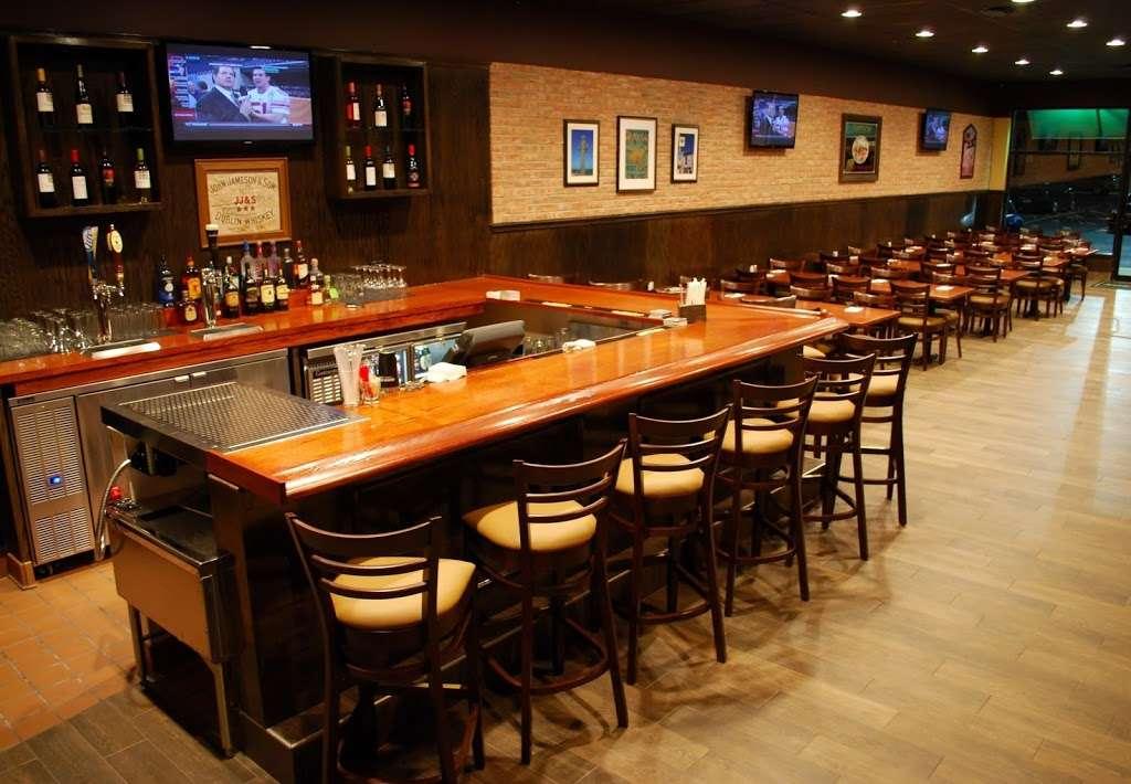 Dooneys Pub Delran - restaurant  | Photo 2 of 10 | Address: 1361 Fairview Blvd, Delran, NJ 08075, USA | Phone: (856) 461-9100