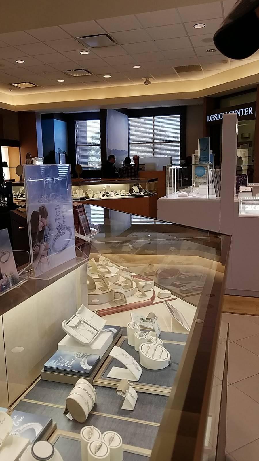 Jared - jewelry store    Photo 3 of 10   Address: 5013 Milwaukee Ave, Lubbock, TX 79407, USA   Phone: (806) 797-1650