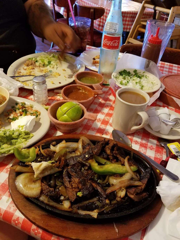 Gorditas Aguascalientes - restaurant  | Photo 6 of 10 | Address: 3810 Irvington Blvd, Houston, TX 77009, USA | Phone: (713) 697-7888