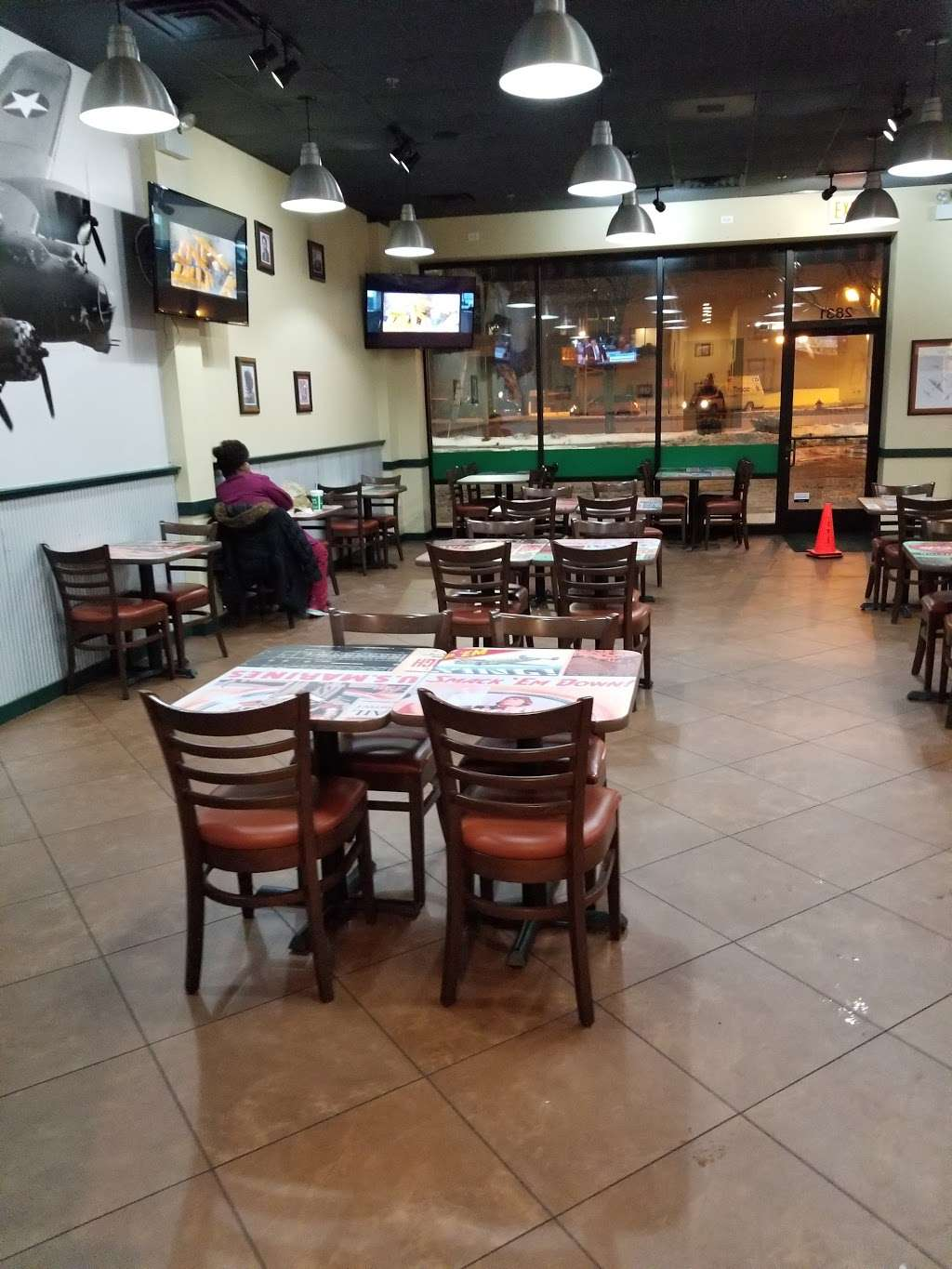Wingstop - restaurant  | Photo 9 of 10 | Address: 2831 W 95th St, Evergreen Park, IL 60805, USA | Phone: (708) 425-9464