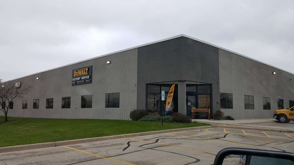 DEWALT Service Center - store  | Photo 2 of 9 | Address: 901 S Rohlwing Rd A, Addison, IL 60101, USA | Phone: (630) 521-1097