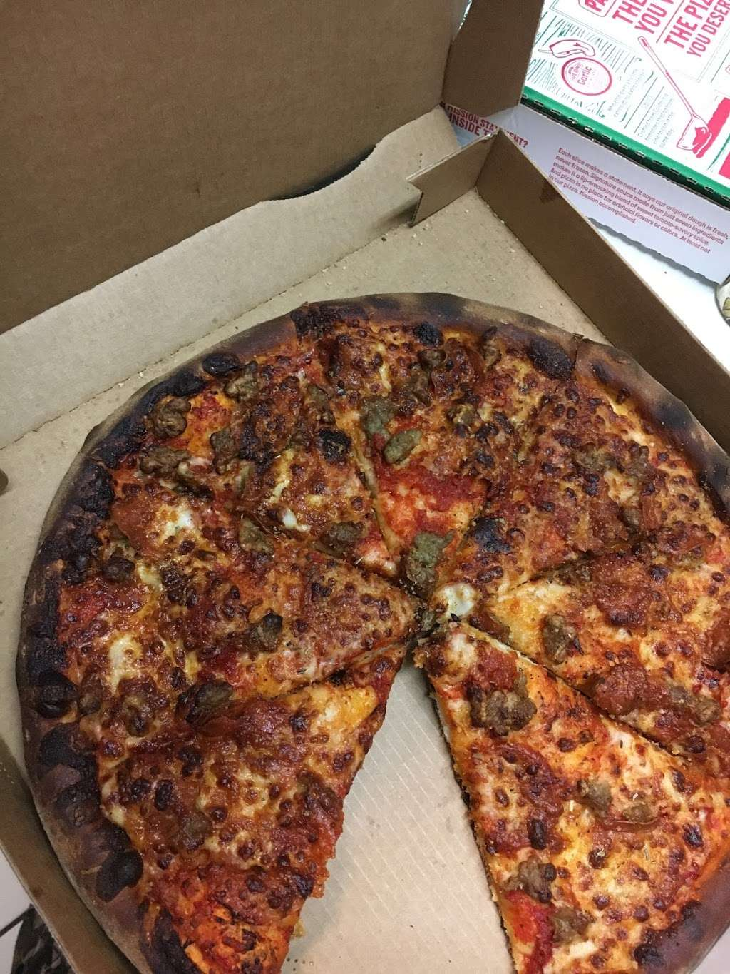 Papa Johns Pizza - restaurant  | Photo 7 of 9 | Address: 2376 Lavon Dr Ste 128, Garland, TX 75040, USA | Phone: (972) 244-4900