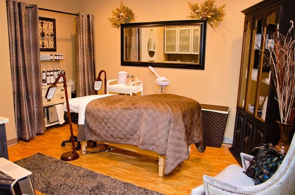 Salon Concepts - hair care  | Photo 5 of 5 | Address: 3657 Stone Creek Blvd, Cincinnati, OH 45251, USA | Phone: (513) 815-3326