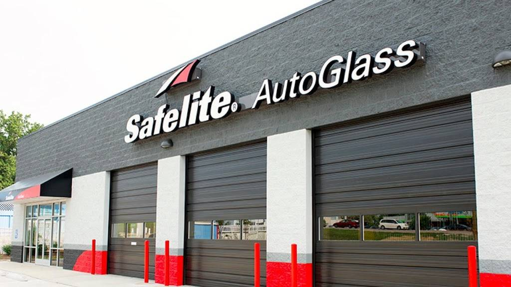 Safelite AutoGlass - car repair  | Photo 1 of 9 | Address: 205 Overlook Dr, Sewickley, PA 15143, USA | Phone: (412) 528-1836