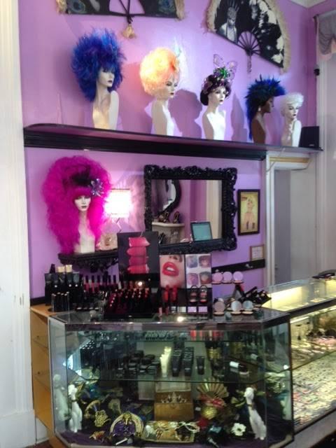 Fifi Mahonys - hair care    Photo 3 of 10   Address: 934 Royal St, New Orleans, LA 70116, USA   Phone: (504) 525-4343
