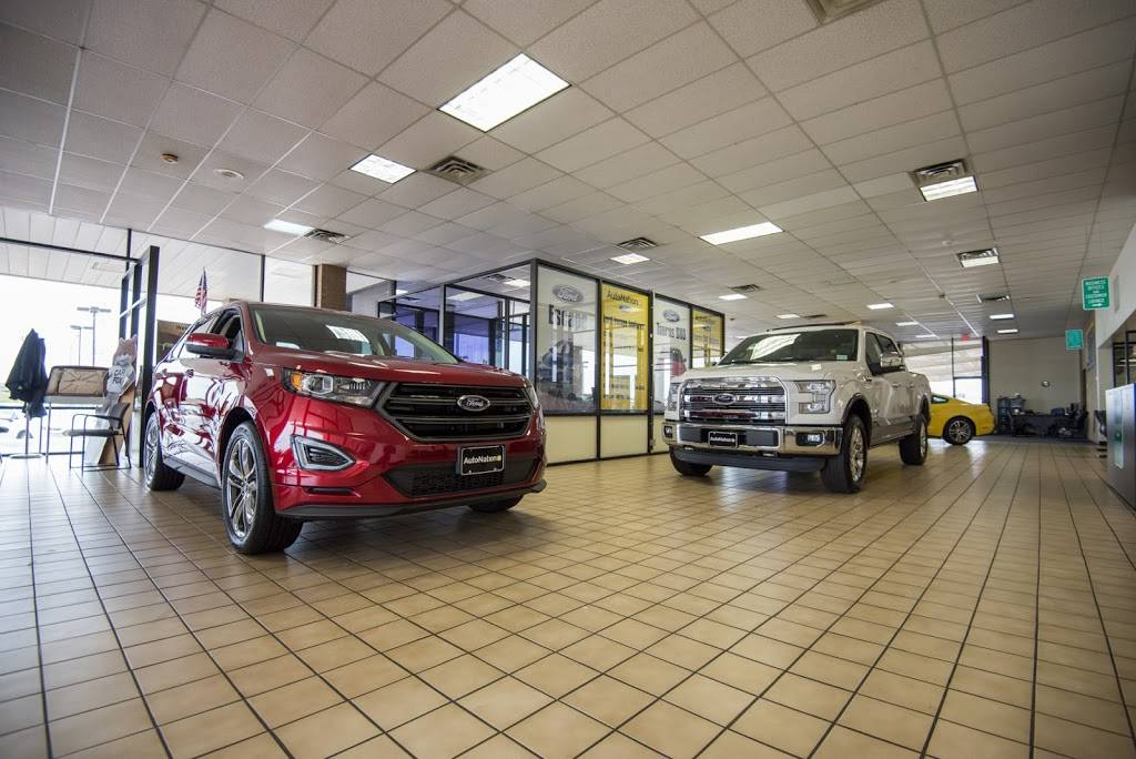 AutoNation Ford South Fort Worth - car dealer  | Photo 2 of 8 | Address: 5300 Campus Dr, Fort Worth, TX 76119, USA | Phone: (817) 522-3225