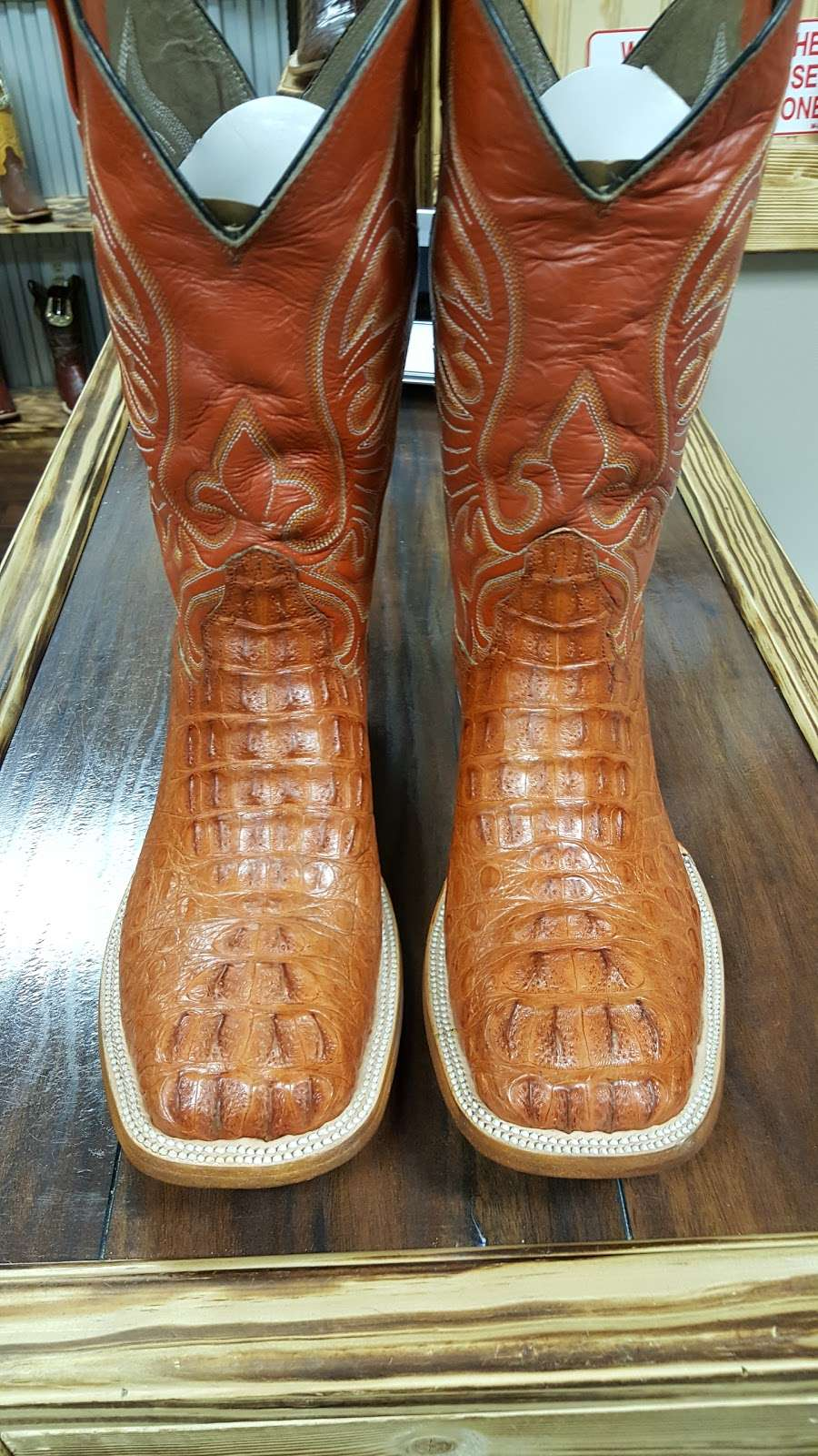 LA HACIENDA BOOT CO. - shoe store  | Photo 9 of 10 | Address: 2525 S Wayside Dr, Houston, TX 77023, USA | Phone: (713) 514-9939