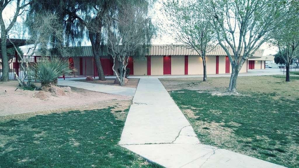 Ed Von Tobel Middle School - school  | Photo 3 of 10 | Address: 2436 N Pecos Rd, Las Vegas, NV 89115, USA | Phone: (702) 799-7280