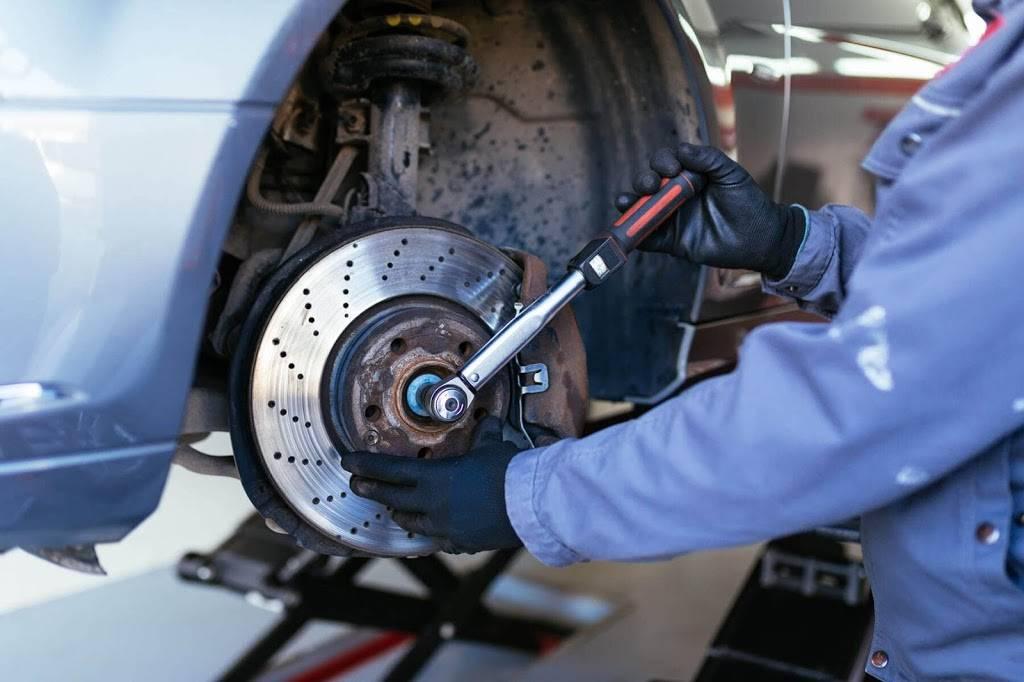 Lake Travis Mobile Brakes - car repair  | Photo 1 of 1 | Address: 113 Lido St, Lakeway, TX 78734, USA | Phone: (512) 660-3534