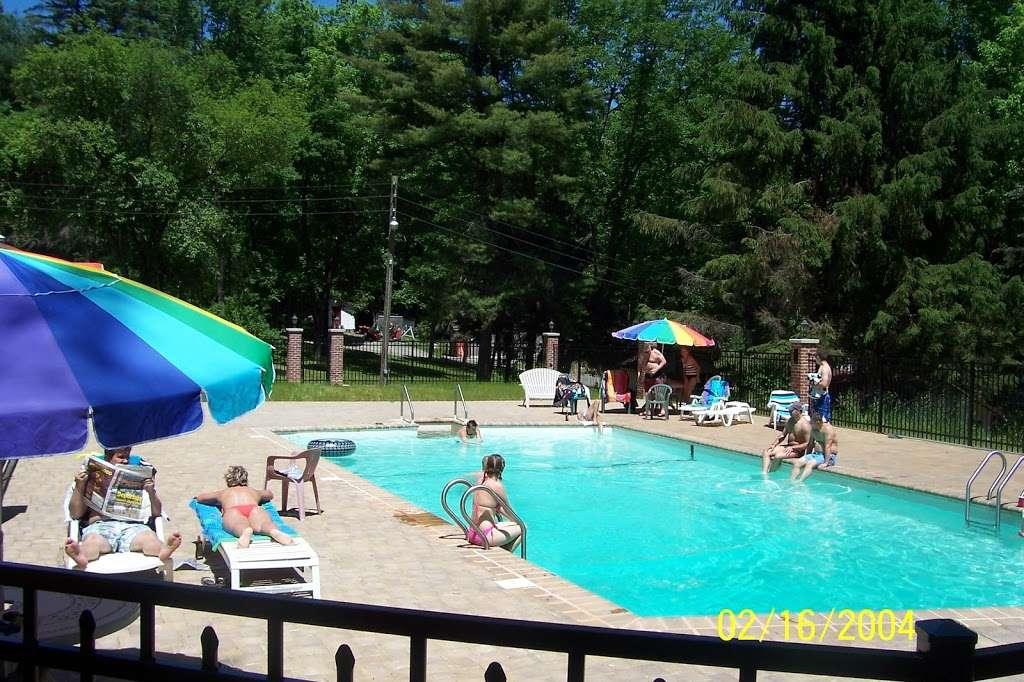 Carriage House - restaurant  | Photo 2 of 10 | Address: 3351 NY-97, Barryville, NY 12719, USA | Phone: (845) 557-0400