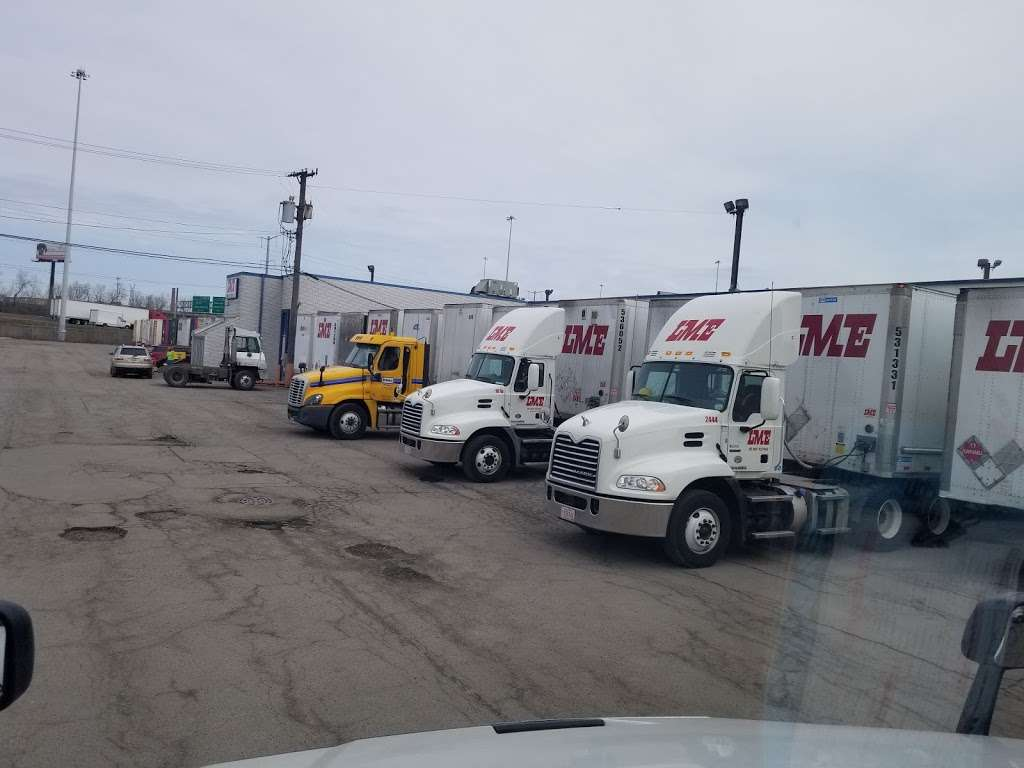 LME - moving company  | Photo 1 of 1 | Address: 3000 W 36th St, Chicago, IL 60632, USA | Phone: (800) 888-4950