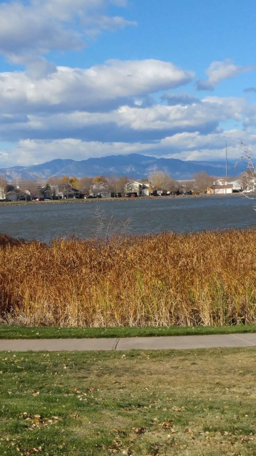 Hunters Glen Lake Park - park    Photo 10 of 10   Address: Thornton, CO 80241, USA   Phone: (303) 255-7830