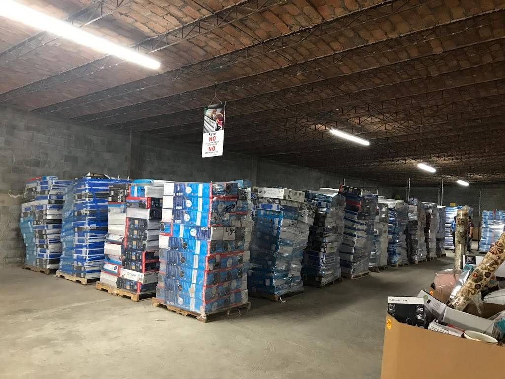 Patron Discount - store  | Photo 8 of 8 | Address: 7414 TX-359 E, Laredo, TX 78043, USA | Phone: (956) 441-8861