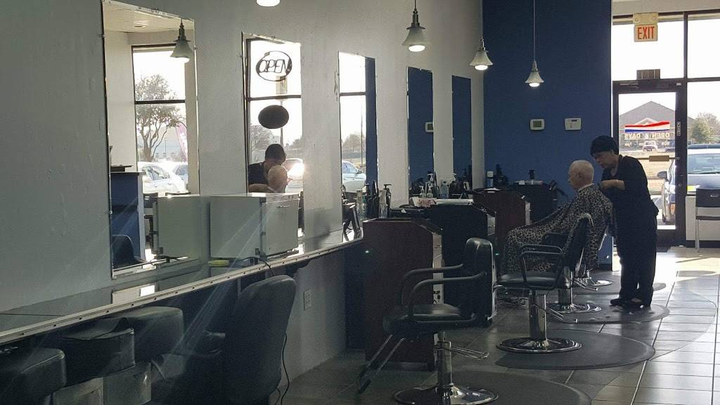 Today Clips - hair care  | Photo 7 of 9 | Address: 8546 S Hulen St, Fort Worth, TX 76123, USA | Phone: (817) 294-4292