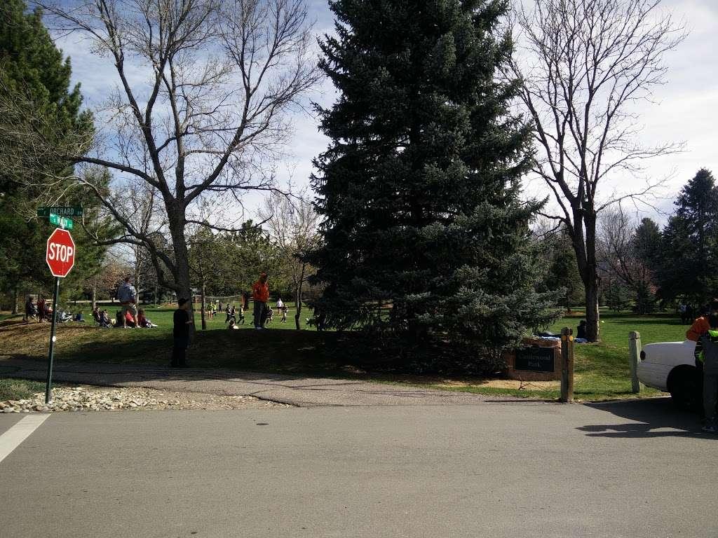 Castlewood Park - park  | Photo 6 of 8 | Address: 5601 E Orchard Dr, Greenwood Village, CO 80111, USA | Phone: (303) 486-5786