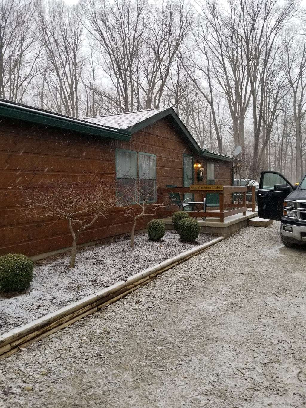 Antler Log Cabins - real estate agency    Photo 7 of 10   Address: 8747 E State Rd 45, Unionville, IN 47468, USA   Phone: (812) 339-6547