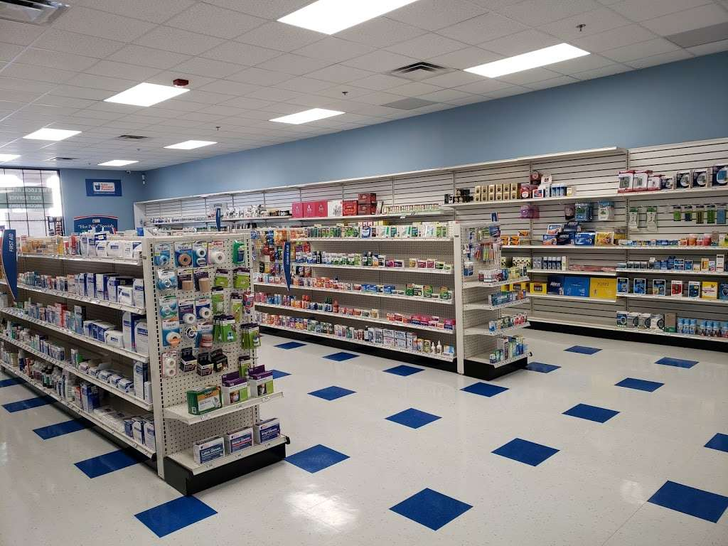 Evergreen Pharmacy II - pharmacy  | Photo 5 of 9 | Address: 702 Dekalb Pike, Blue Bell, PA 19422, USA | Phone: (610) 616-0608