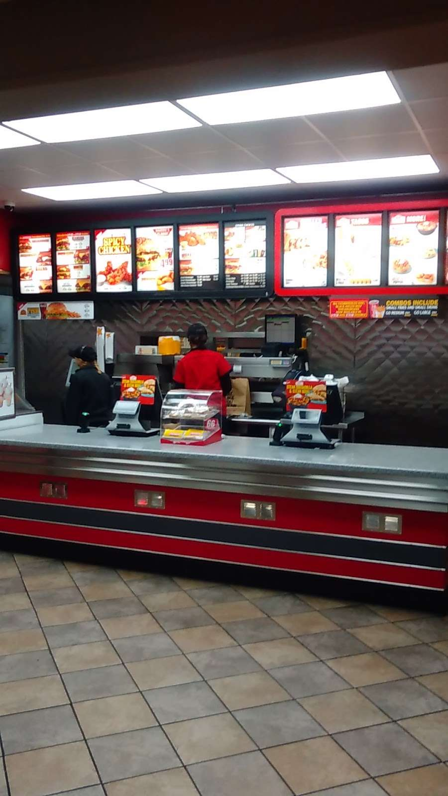 Hardees - restaurant  | Photo 2 of 10 | Address: 4401 E 10th St, Indianapolis, IN 46201, USA | Phone: (317) 359-4655